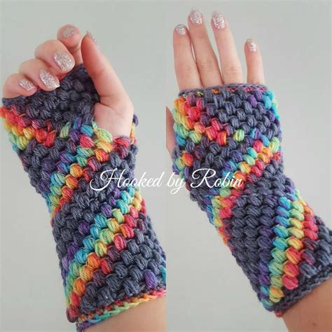 free fingerless gloves knitting pattern uk 10 free crochet fingerless gloves patterns