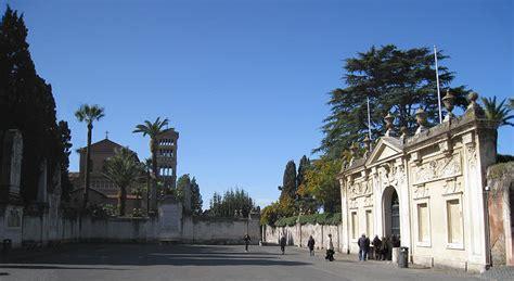 porta dei cavalieri di malta come raggiungere piazza cavalieri di malta roma lettera43 it