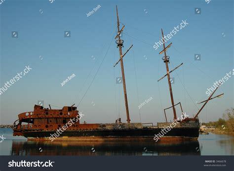 fishing boat runs over sailboat sailboat run aground in lake ontario stock photo 3466678