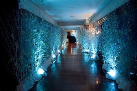 winter hallway decorations seeing the light
