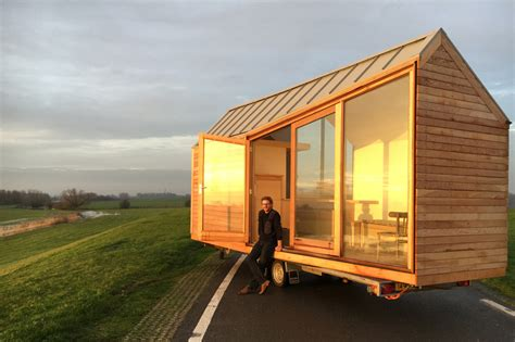 contemporary tiny houses porta palace a modern tiny house by 235 l venneman and
