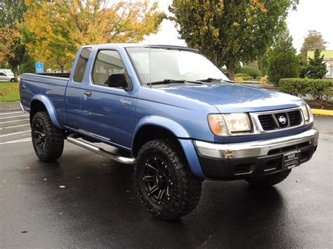 Nissan Frontier 1999 by 1999 Nissan Frontier Se 2dr 4x4 6cyl Automatic Lifted