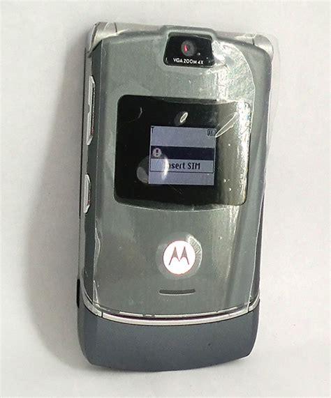 motorola razr t mobile t mobile motorola razr v3m flip phone property room