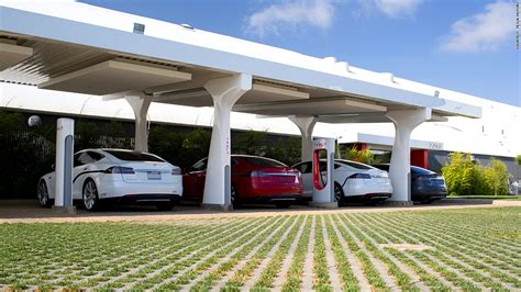 Tesla Solar Charging Station Tesla Surges In Consumer Reports Best Liked Car Ranking