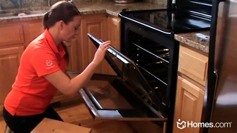 Cleaning Oven Door Glass Homes Diy Experts How To Clean The Inside Of Oven Glass Doors