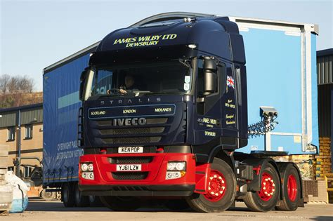 volvo truck dealers uk truck dealers volvo truck dealers