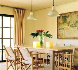 Yellow Dining Room Curtains Ideas Dining Room Decorating With Light Yellow Color Shades Yellow Wall Dining Decorate