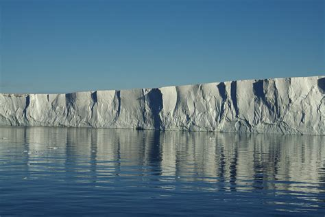 Arctic Shelf Melting by Currents Speed Melting Of Antarctic The Earth