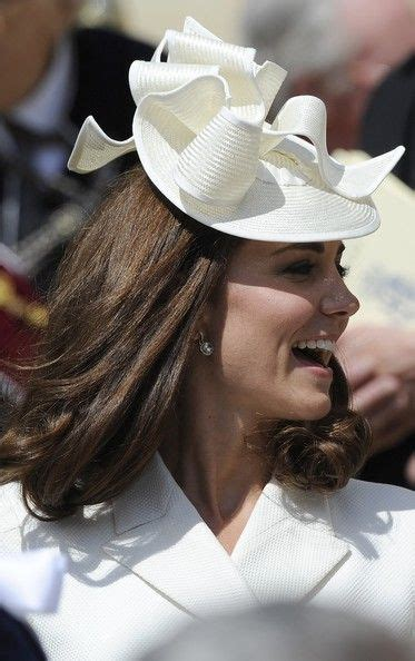 kate middleton receives royal order from queen elizabeth 859 best images about princess kate m on pinterest