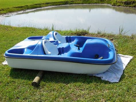 pelican paddle boat used pelican 2 seat paddle boat for sale