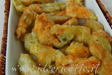 ricetta fiori di zucchine fritti ricetta fiori di zucca fritti senza uova antipasti