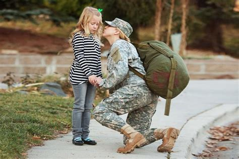 wallpaper of army couple effects of war on military families lovetoknow