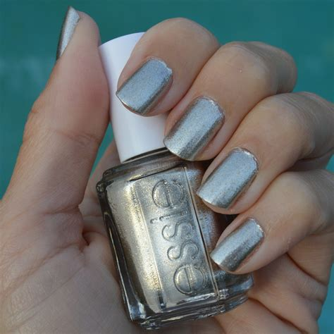 popular nailcolor 2015 essie winter 2018 collection swatches