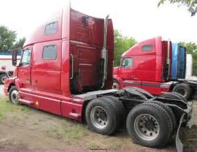 770 volvo trucks 100 770 volvo trucks amazon com volvo truck hood