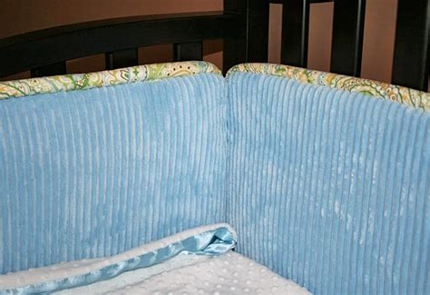 Stylish Baby Nursery Crib Bumpers In Two Cool Fabs Sew4home Baby Bumping On Crib