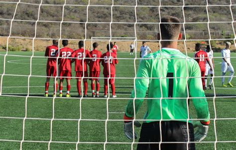 Gildan Goal Keeper By Soccer 910 by Gallery S Soccer Vs Norco College The Telescope