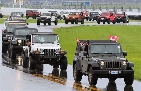 parade jeep jeeps record at daytona international speedway
