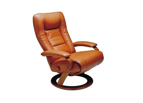 ella recliner lafer ella recliner surrounding com
