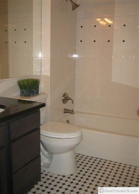 Black White Bathrooms Ideas by Black And White Small Bathroom Cool Small Bathroom Ideas