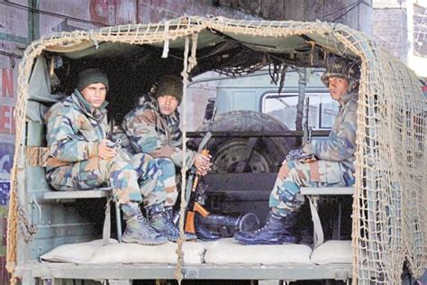 Hijaket Army Army Launches Search Operations In Pathankot After