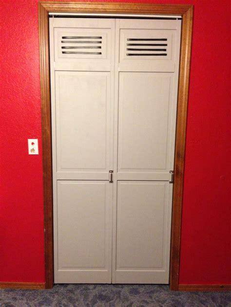 Magnetic Closet Doors 17 Best Images About Locker Room Bedroom Sports Bedroom On Pinterest Bedrooms Boys