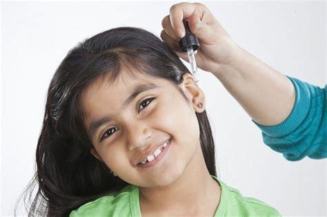 Obat Tetes Telinga Paling Bagus Sering Keliru Begini Lho 4 Cara Membersihkan Telinga Yang