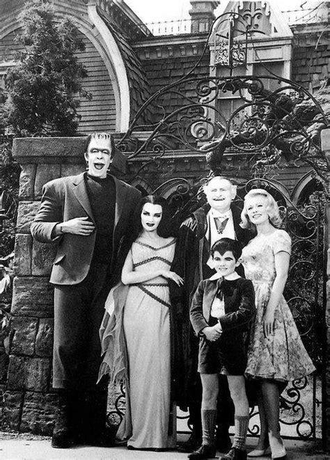 Where Is The Munsters Car Today by Best 25 The Munsters Cast Ideas On The