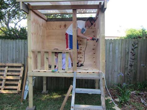 Simple Cubby House Plans Diy Rustic Wooden Pallet Cubby Houses Pallets Designs