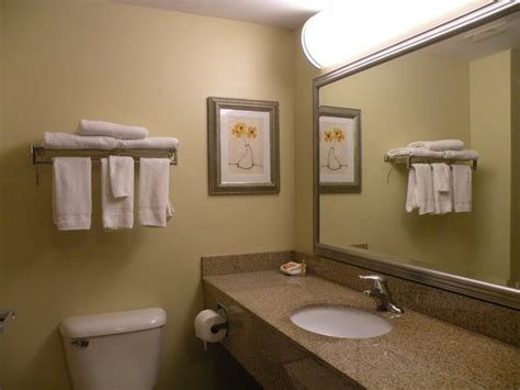 Bathrooms Direct Richmond by Bathroom Foto La Quinta Inn Suites Richmond