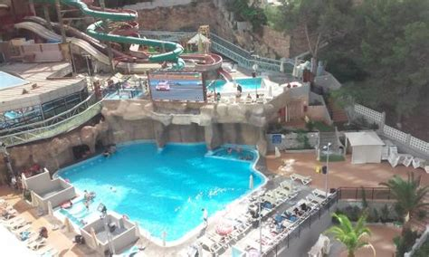 Magic Rock Garden Vistas A La Piscina Picture Of Magic Aqua Rock Gardens Benidorm Tripadvisor