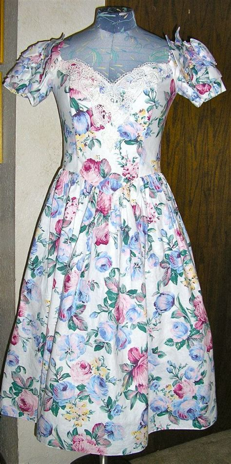 80s Floral by 80s Mcclintock Tea Length Floral