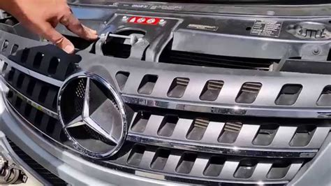 how to remove the grill from a 2006 kia sedona how to install remove your front grille on mercedes w164