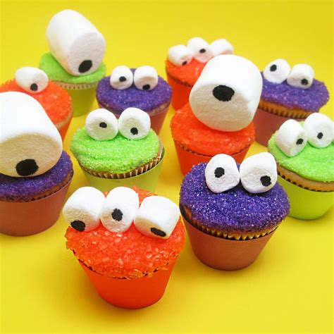 Decorated Cupcakes by Mini Cupcakes For An Easy Treat Idea
