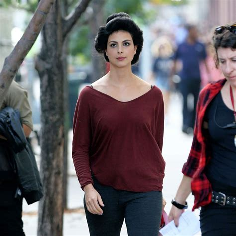 New Morena Set Es morena baccarin walks to trailer of the set mating in soho in new york celebzz