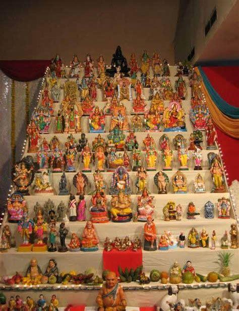 Navarathri Golu Decoration Ideas by Navratri Bommai Kolu Pictures Hindu Devotional