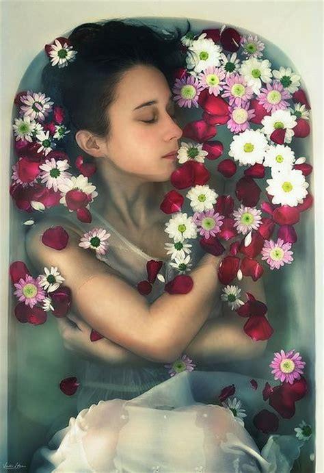 flowers in bathtub best 25 water photography ideas on pinterest