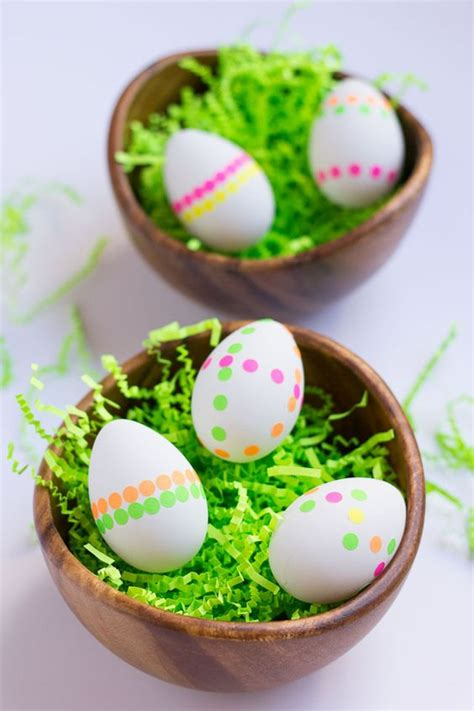 how to decorate eggs 20 ways to decorate easter eggs without dye