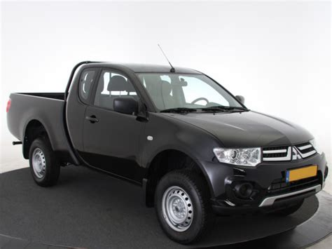 Auto Leases 200 by Mitsubishi L200 Leasne