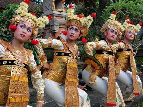 art  culture tours  bali indonesia