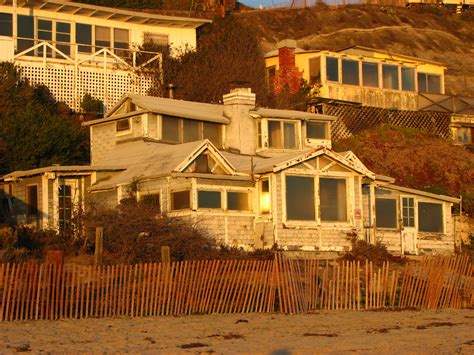 file crystal cove cottages jpg wikimedia commons