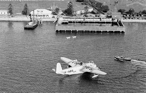 qantas flying boat photos qantas short sunderland 23 c class empire flying boat
