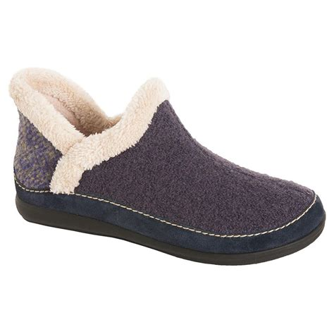 best house slipper advantageous features of daniel green slippers
