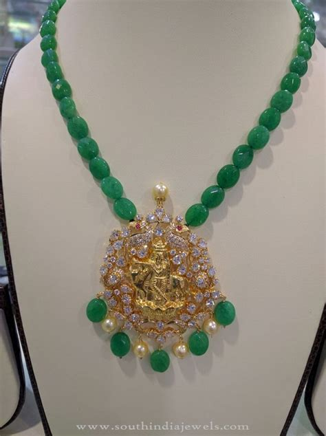 gold emerald necklace south india jewels