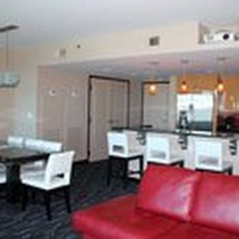planet hollywood suites 2 bedroom suite planet hollywood towers closed 224 photos hotels