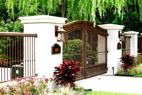 recinzione giardino in ferro recinzioni in ferro recinzioni come scegliere le