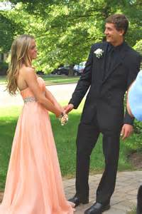 Prom picture ideas for couples tumblr prom couples related keywords