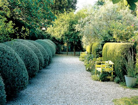 viali in ghiaia giardini