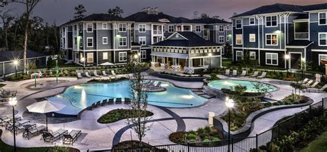 Retreat At The Woodlands Apartments In The Woodlands Tx