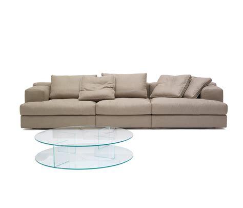 miloe sofa 193 miloe sofas from cassina architonic
