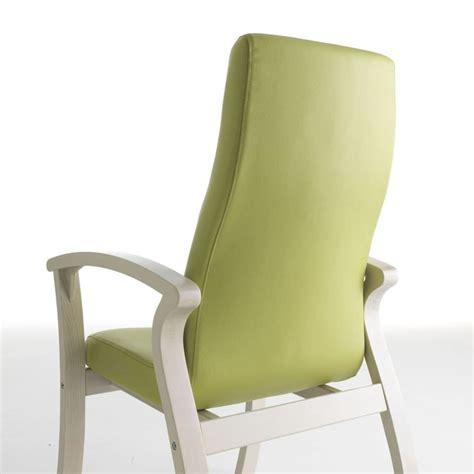 poltrona comoda per anziani poltrona comoda con schienale alto per anziani idfdesign